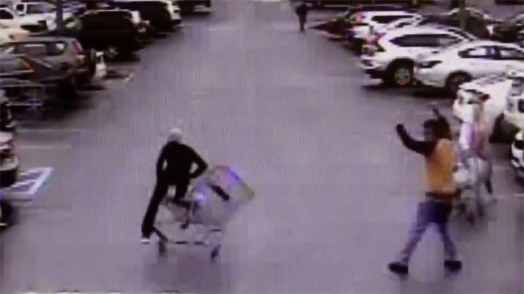 Podejrzany o kradzież uciekał przed policją. Zatrzymał go sklepowy wózek