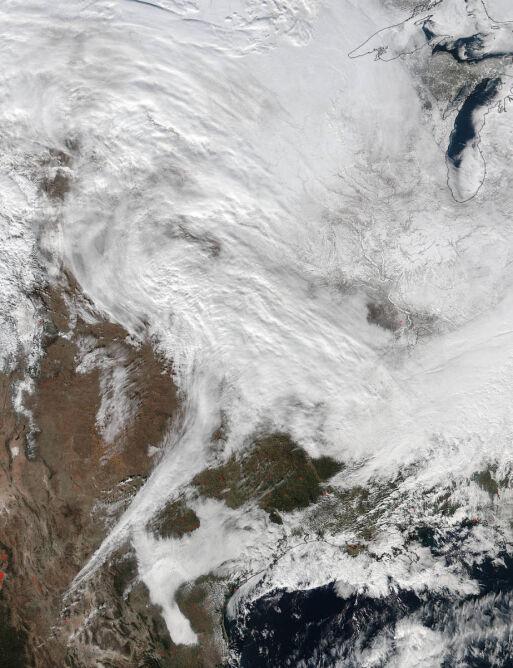 Śnieżyca w USA na zdjęciu satelitarnym